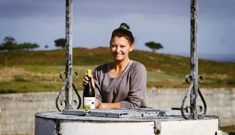 A enólaga austríaca Julia Konstanzer traballou na produción de 'Astillero'. / FOTOS: Pablo López Hernández