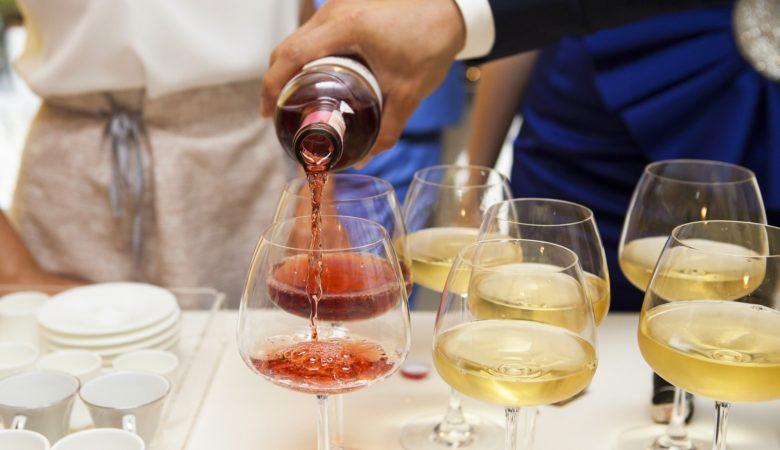 Os galegos consumen máis viño que a media de España