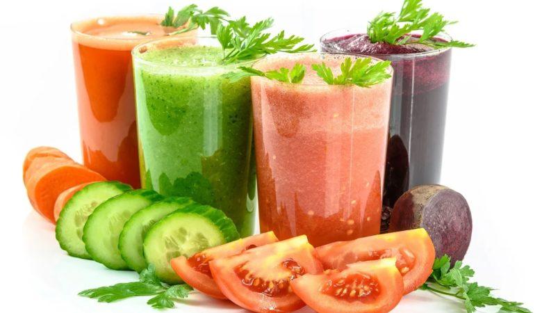 As dietas 'detox' adoitan estar promocionadas por fabricantes de produtos como os zumes de verduras. Foto: Pixabay.