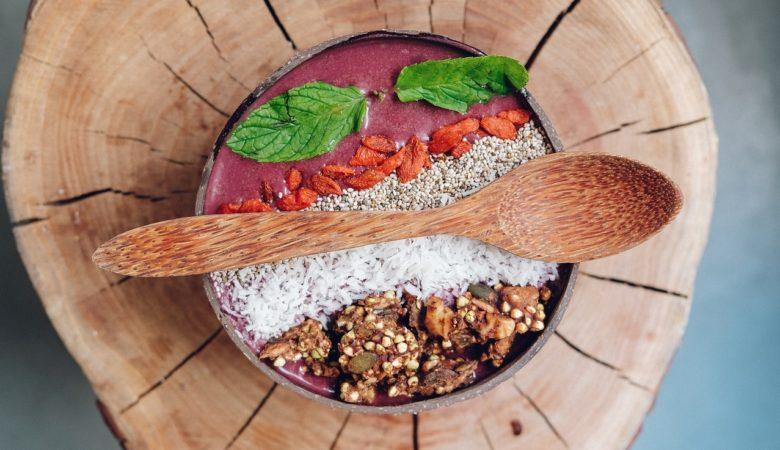 As autoras sosteñen que non existen os superalimentos, xa que os catalogados como tal deberían complementarse sempre cunha dieta diversa e equilibrada. Foto: Pixabay.